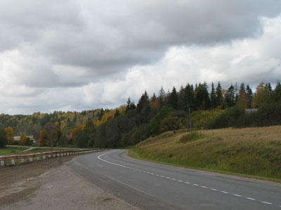 road_autumn_LV